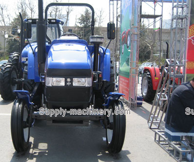 100 HP Tractor 2WD