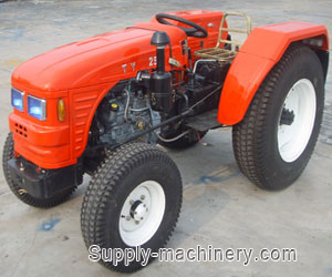 Lawn Tractor With Turf Tyre
